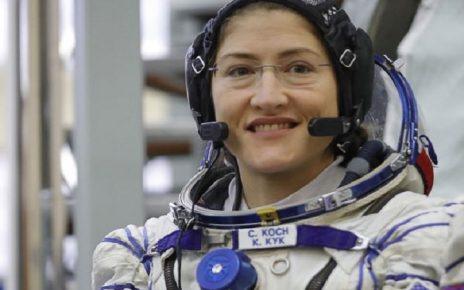 क्रिस्टीना कोच लंबे समय तक अंतरिक्ष में रहने का रिकॉर्ड बनाया